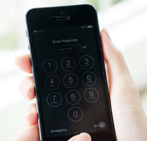 How To Make Your iOS Passcode Longer In Case The Cops Confiscate